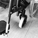 Fauteuil roulant accessibilité communication durable