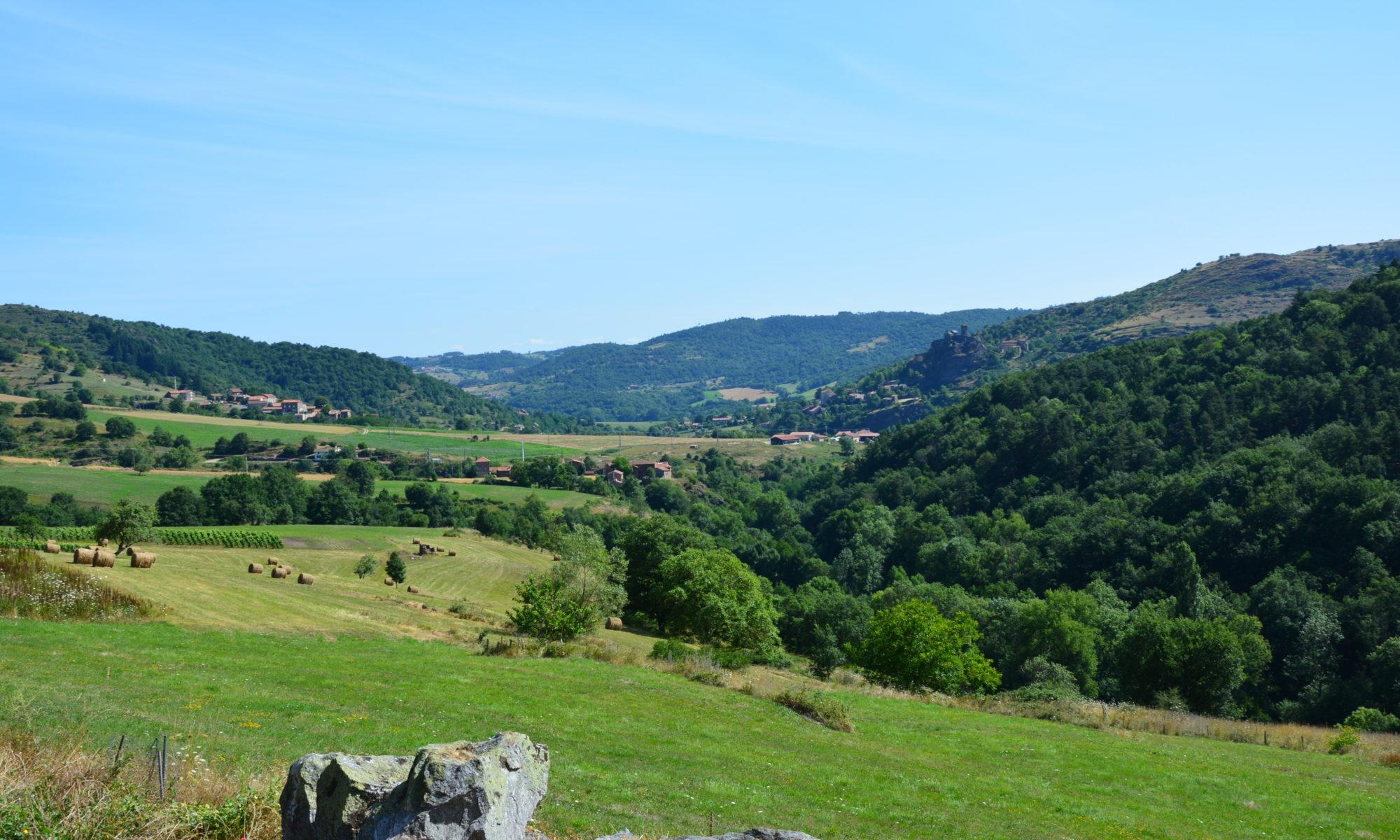 Haute-Loire - Vue sur Saint-Ilpize